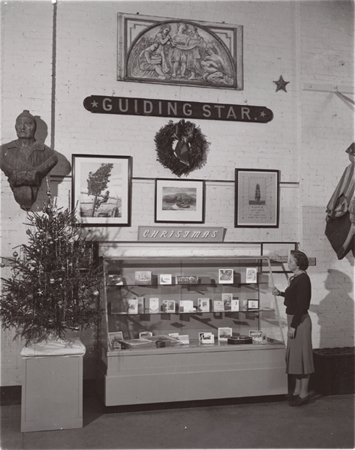 Dec 1958, Christmas exhibition in main room