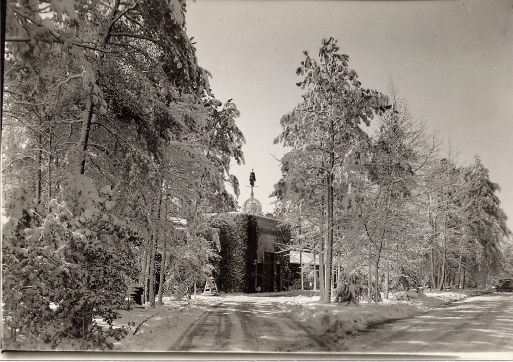 Museum building with snow, Mar 9, 1947