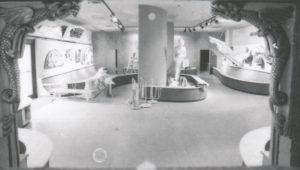 Construction of figurehead gallery 1977